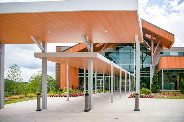 Anna Shaw Children's Hospital exterior entrance