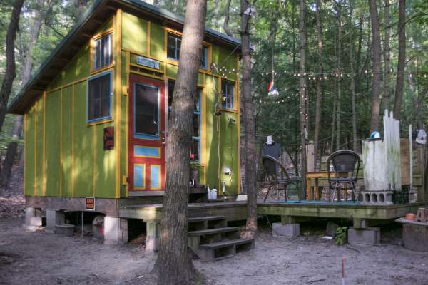 Ox-Bow cabin in the woods of Michigan