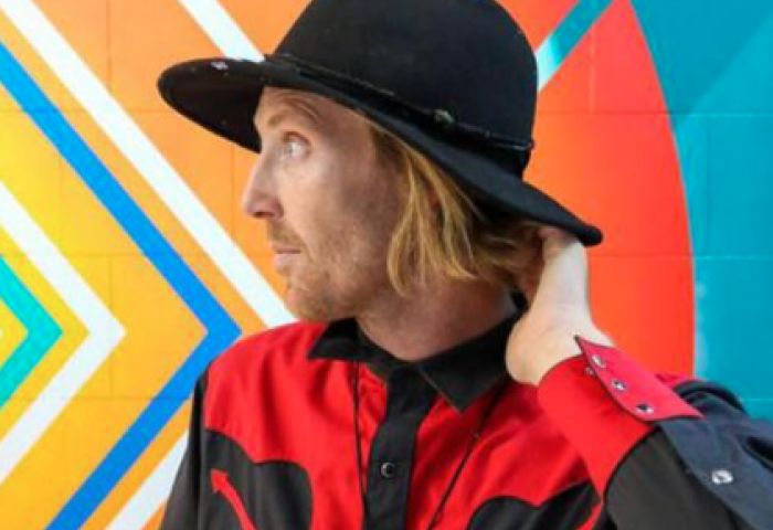 Pat Milbery, muralist, on the Imagine a Place podcast