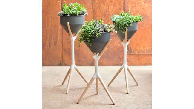 Roo planter